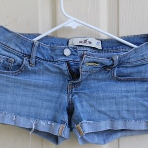 Hollister Jean Shorts (light blue)